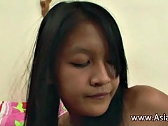 Thai girl licked by two girlfriends
