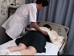 Japanese Woman get a massage and a fuck II Online