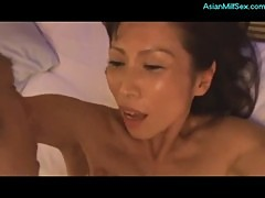Skinny Asian Milf Sucking Guy Getting Her Pussy Fucked Hard Facial On The Bed In The Hotel
